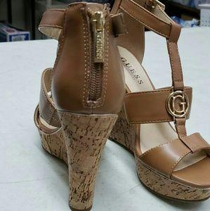 Guess wedge heels light brown